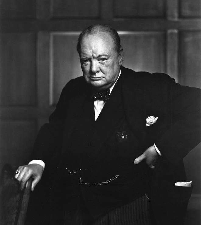 Frase célebre sobre el alcohol de Winston Churchill