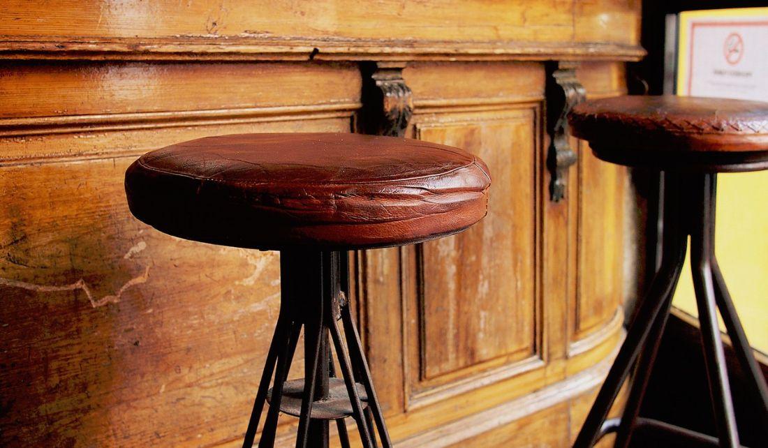 El origen del bar, el precursor de la coctelería