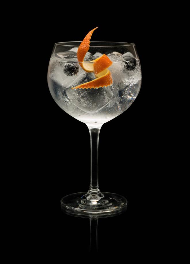 Cócteles para hacer en casa gin tonic de Brockmans