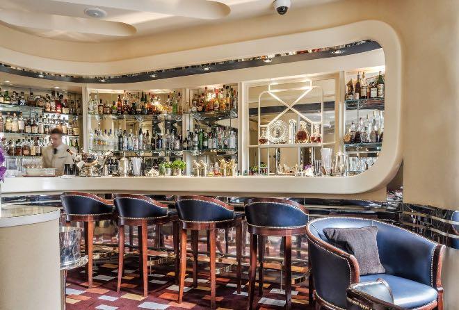 Savoy, una de las coctelerías históricas de Londres