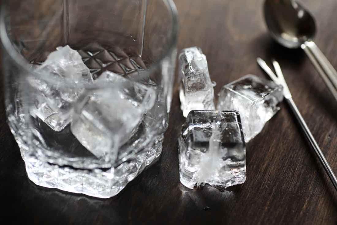Decálogo del buen uso del hielo en coctelería