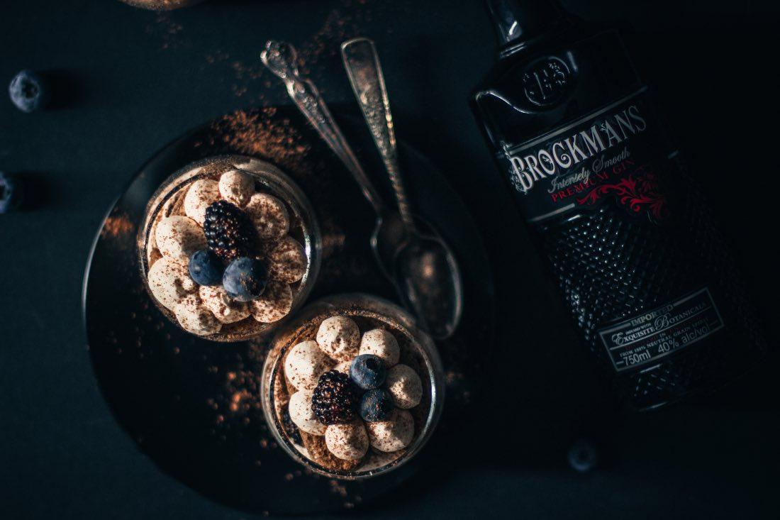 Receta de tiramisú con Brockmans Gin